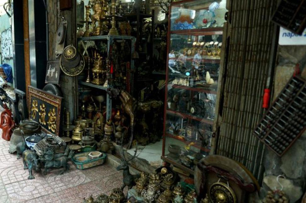 Le Cong Kieu Antique Street