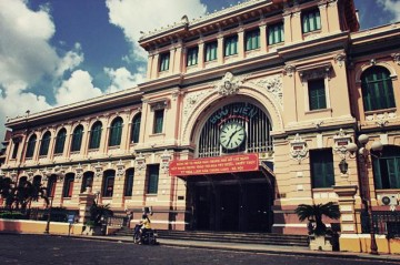 Saigon Central Post Office - Symbol of the city