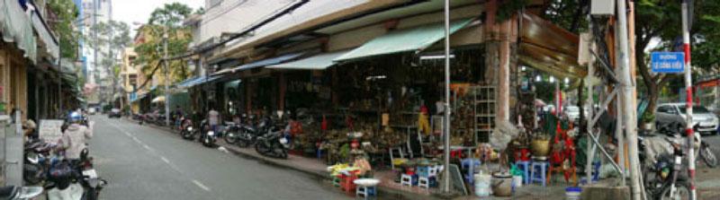 Le Cong Kieu Street